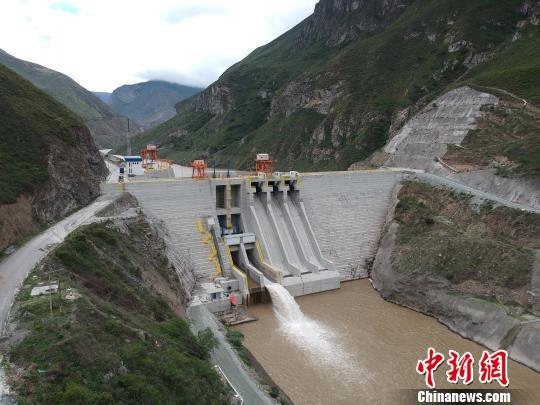 图为厄瓜多尔美纳斯水电项目 哈尔滨电气国际工程有限责任公司供图