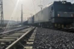 陕西大佛寺车站抢装抢运电煤 保障武汉地区供电供暖需求