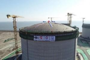 唐山LNG项目首个储罐气压升顶成功
